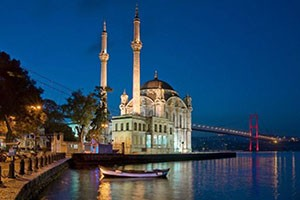 Istanbul-Ortakoy-Mosque